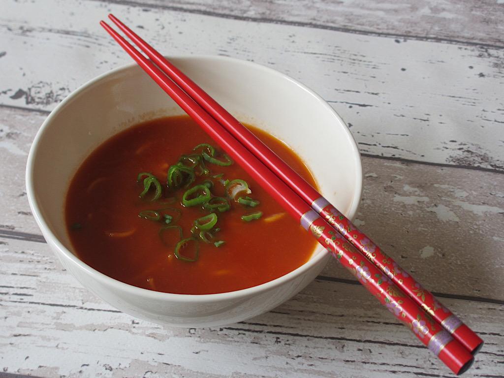 Soepkop met Chinese tomatensoep