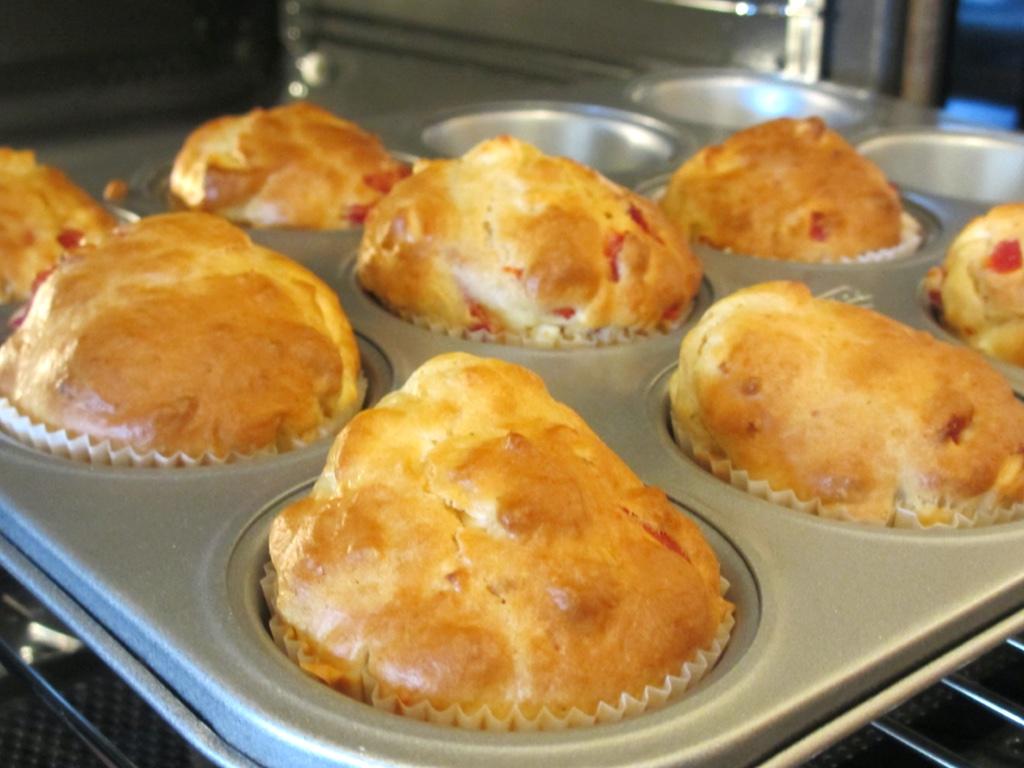 Hartige muffin met feta en paprika