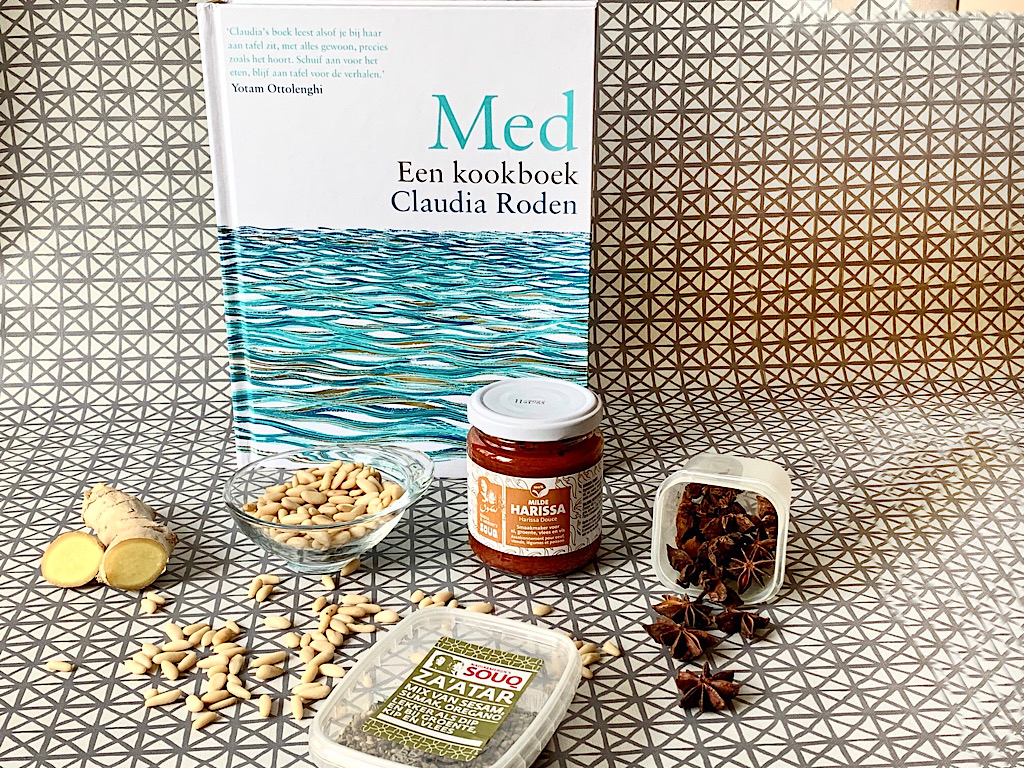 Med een kookboek van Claudia Roden